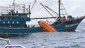 桃園,大陸,漁船,翻覆,賴比瑞亞籍貨輪(圖/翻攝畫面)