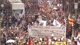 德國爆發「反戴口罩(anti-mask)」示威(圖/翻攝自Paddy McKenna推特)