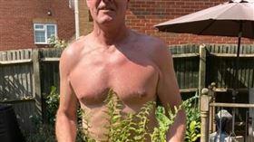 裸體 裸男 https://www.flickr.com/photos/frazermilton/49855620912/in/photolist-2iXz69U-7NxUR9-5KYgXk-RQeRij-e2Hw7f-9jGV4n-4wYUE9-2cTnu1a-4wUKtK-7eptBe-emccA-cTvR95-4coyZ9-4SAY7E-gdaQA-6c8jrd-258jX2w-e2HwYs