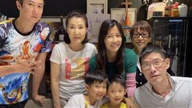 洪金寶第一任韓裔妻子曹恩玉(圖/翻攝自微博)