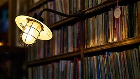 電燈(示意圖/翻攝自pixabay)