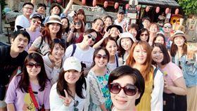 ▲旅遊的知名團購企業家486先生,再次帶員工「類出國」,這次花費金額高達45萬。(圖/486團購提供)