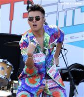屁孩Rya臺北流行音樂中心「嗨!北流」開幕演唱會戶外場。(記者邱榮吉/攝影)