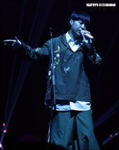魚丁糸青峰臺北流行音樂中心「嗨!北流」開幕演唱會。(記者邱榮吉/攝影)