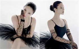 有「中國第一美胸」稱號的徐冬冬/角色扮演/黑寡婦/黑天鵝。翻攝徐冬冬微博
