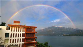 日月潭午後出現美麗的彩虹。(圖/涵碧樓提供)