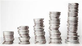 財神到!根據《星座好朋友》的分析,未來一個月有三位星座財運上榜,財神爺可能將臨幸你,讓你「一夜暴富」。(示意圖/pixabay)
