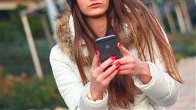 手機,情侶,貼圖(翻攝自 Pixabay)