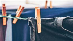 洗衣服。(圖/Pixabay)