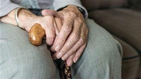 日本人瑞田中加子19日以117歲又261天,刷新原先由田島鍋創下117歲又260天最年長的日本紀錄。(圖/翻攝自pixabay)