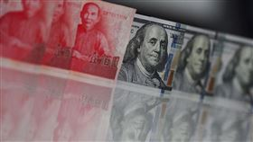 新台幣匯率升勢凌厲,匯銀主管認為破29元是早晚的事,真正應關注的是彭淮南防線28.5元。(圖/中央社)