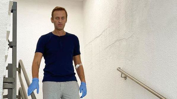 遭神經毒劑攻擊險死!俄羅斯納瓦尼說明病況:已可自主呼吸