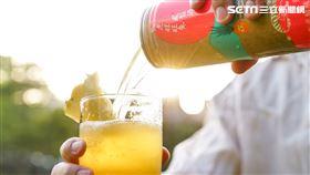 臺虎精釀攜手微熱山丘,推出2020年秋季特別聯名酒款-熱虎旺旺來鳳梨酒