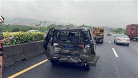 小貨車,追撞,休旅車,國道三號,萬芳醫院