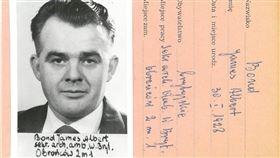 真有007?檔案曝光:詹姆士龐德1960年代出沒波蘭(圖/翻攝自Institute of National Remembrance臉書)