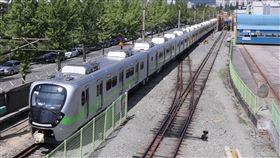EMU900型通勤電聯車(台鐵局提供)