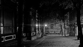 社區每夜都會傳來詭異呼救聲。 (圖/翻攝自pixabay)