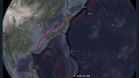 抗中國威脅,美軍槍騎兵轟炸機昨一度飛向台灣路徑曝光(圖/翻攝「Aircraft Spots」推特)