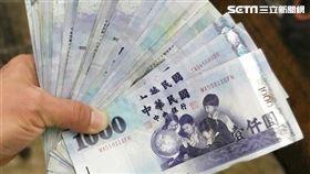 新台幣、千元,紙鈔,鈔票(圖/記者邱榮吉攝影)