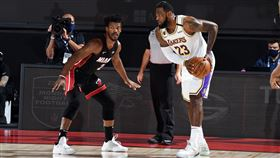 LeBron James與Jimmy Butler。(圖/翻攝自NBA推特)