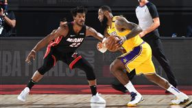 NBA/詹皇生涯首度遭「全面輾壓」 NBA,季後賽,邁阿密熱火,Jimmy Butler,士官長,洛杉磯湖人,LeBron James 翻攝自推特