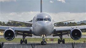 飛機、降落、機場、引擎(示意圖/翻攝自PIXABAY
