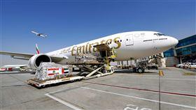 阿聯酋航空集結全球愛心,運送160噸救援物資至貝魯特。(圖/阿聯酋航空提供)