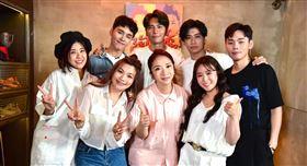 「這群人」來到陶晶瑩主持的「陶口秀」。(圖/迪克斯娛樂提供)