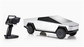 ▲風火輪推出量版特斯拉Cybertruck遙控車。(圖/翻攝網站)