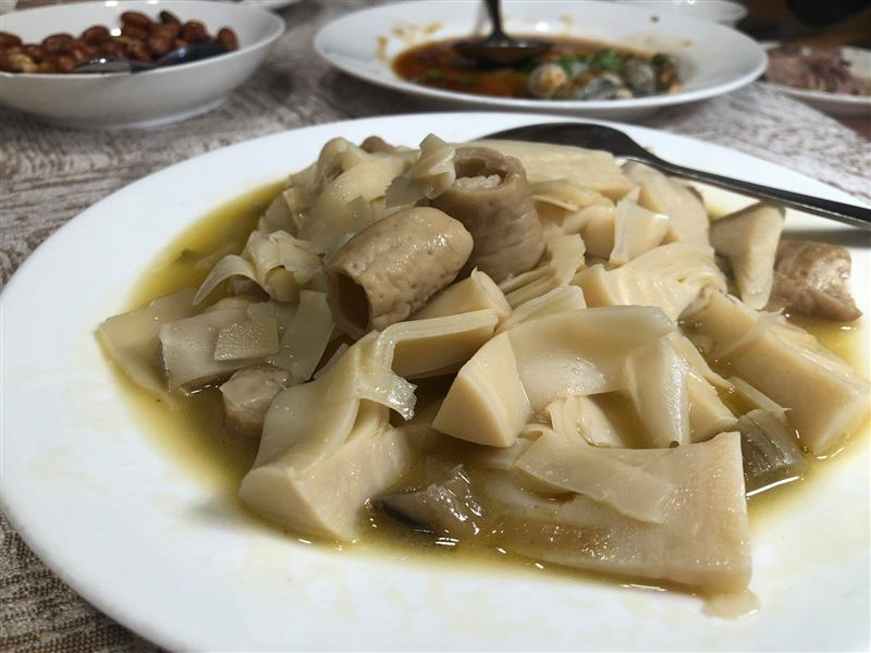 酸筍炒腸竟是「喪宴菜」 台菜名店端上桌…美食作家嚇傻