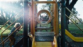 溜滑梯(示意圖/翻攝自Pixabay)