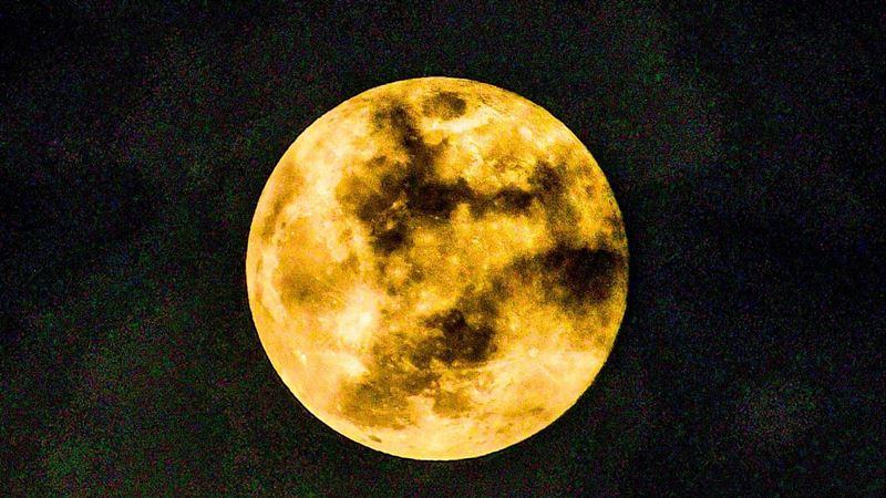 10月這天遇「藍月」 用這招可催財