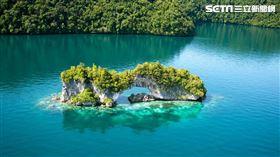 帛琉保有天然的無敵海景,是潛水的好去處。(圖/帛琉觀光局提供)