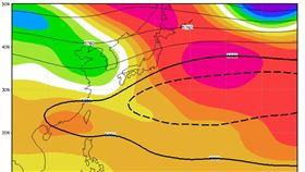 今年的太平洋高壓以黑色粗實線為代表,氣候平均的範圍則以黑色粗虛線為代表。(圖/翻攝自賈新興臉書)