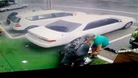停車,新竹縣,臉書,撞,摩托車