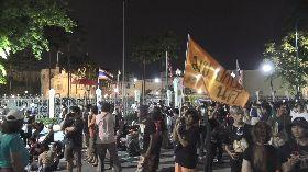 泰國民眾總理府外示威抗議