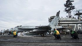 雷根號航艦打擊群部署南海