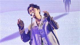 吳青峰今日(17)舉辦第2場「吳青峰16葉演唱會」。(圖/記者林聖凱攝影)