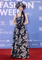 曾之喬出席「2020臺北時裝週」壓軸時尚大秀。(記者邱榮吉/攝影)