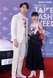 姚愛甯、張軒睿出席「2020臺北時裝週」壓軸時尚大秀。(記者邱榮吉/攝影)
