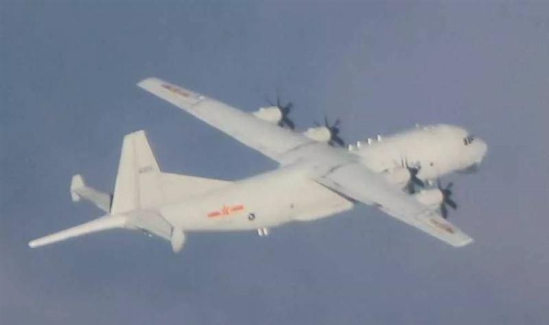 國防部證實!共機運8闖我西南空域 空軍搬出防空飛彈追監