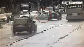 計程車,失控,受困,台北,翻攝畫面