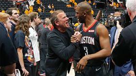 NBA/保羅被賣主因曝光!老闆怒了 NBA,休士頓火箭,Chris Paul,Tilman Fertitta,奧克拉荷馬雷霆 翻攝自推特