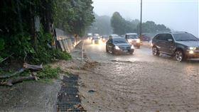 豪雨,淹水,土石坍方,桃園,氣象局 圖/翻攝臉書