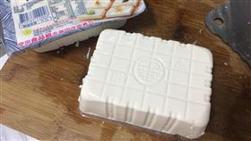 盒裝,豆腐,完整,菜刀,全聯(翻攝自 我愛全聯-好物老實説)
