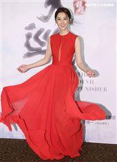 「天巡者」演員邵雨薇出席首映會。(記者邱榮吉/攝影)