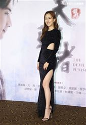 「天巡者」演員周曉涵出席首映會。(記者邱榮吉/攝影)