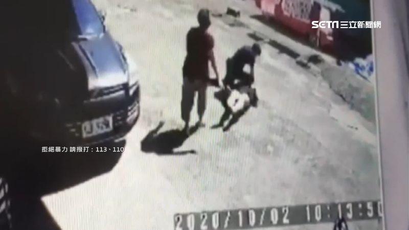 警阻民宅糾紛案 男拉扯倒地雙方互告
