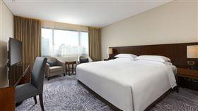 台北喜來登大飯店推出「喜遊北北基」暢玩雙北住房專案。(圖/業者提供)