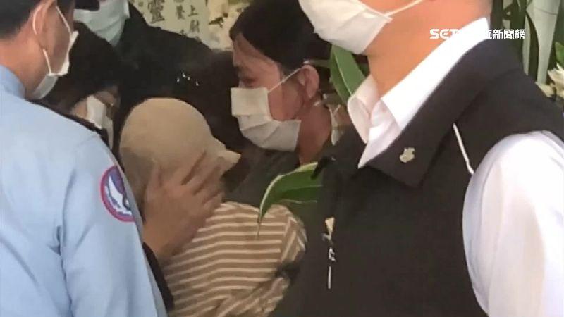 蔡英文悼殉職飛官 朱母:妻兒最辛苦